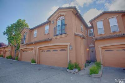 Vallejo Condo/Townhouse For Sale: 7411 Imperial Court