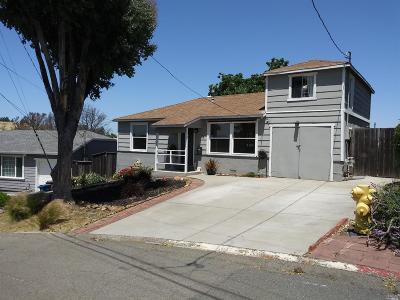 Benicia Single Family Home For Sale: 35 La Cruz Avenue
