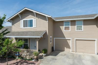 Cloverdale Single Family Home For Sale: 105 Ioli Ranch Circle