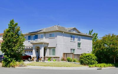 Single Family Home Contingent-Show: 5153 Pond Side Way