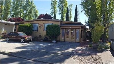 Rohnert Park Mobile Home For Sale: 41 Rancho Verde Circle #41