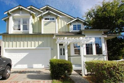 Solano County Single Family Home For Sale: 284 Cliff Walk Drive