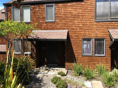 Sausalito Condo/Townhouse For Sale: 220 Bay Vista Circle