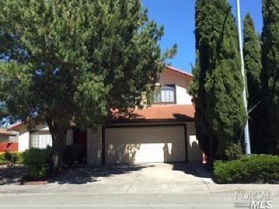 American Canyon Single Family Home For Sale: 808 Danrose Drive