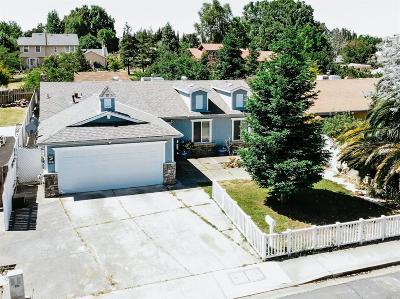 Suisun City Single Family Home For Sale: 425 Sarah Way