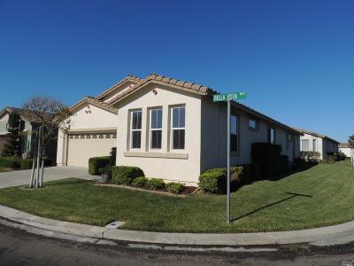 Rio Vista Single Family Home For Sale: 200 Bella Vista Way