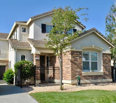 Suisun City Single Family Home For Sale: 1613 Maxwell Lane