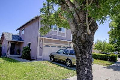 Santa Rosa Single Family Home For Sale: 1000 Stanislaus Way