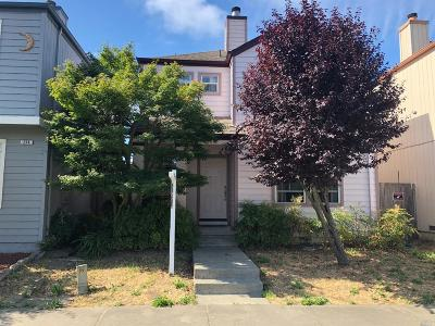 Santa Rosa Single Family Home For Sale: 240 Anteeo Way