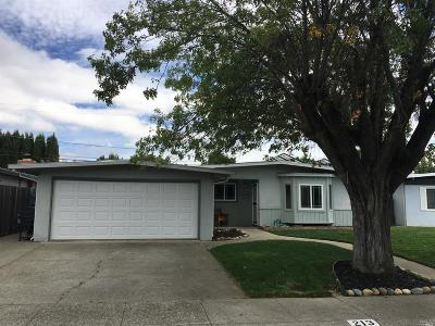 Vacaville Single Family Home For Sale: 213 Poplar Street