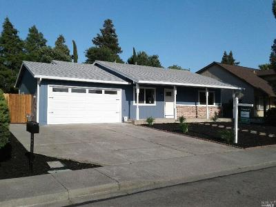 Suisun City Single Family Home For Sale: 821 Heron Drive
