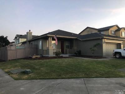 Santa Rosa Single Family Home For Sale: 2000 Tuxhorn Drive