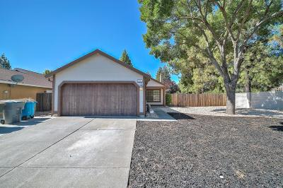 Vacaville Single Family Home For Sale: 100 Fairview Drive