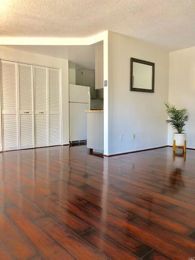 Fairfield Condo/Townhouse For Sale: 10 El Cerrito Court