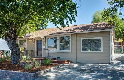 Benicia Single Family Home For Sale: 52 Alta Loma