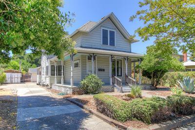 Santa Rosa Single Family Home For Sale: 411 Brown Street