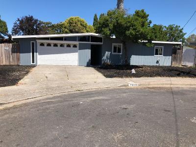 Rohnert Park Single Family Home For Sale: 7620 Blair Avenue