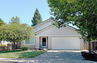 Windsor Single Family Home For Sale: 557 Quaking Aspen Lane
