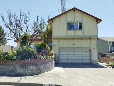 Vallejo Single Family Home For Sale: 185 Turnberry Way