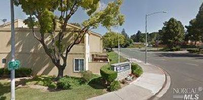 Vallejo Condo/Townhouse For Sale: 1333 North Camino Alto #106
