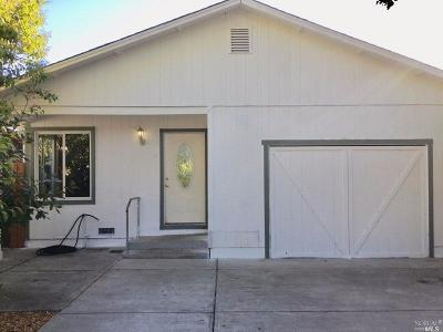 Sonoma County Single Family Home For Sale: 913 Deturk Avenue