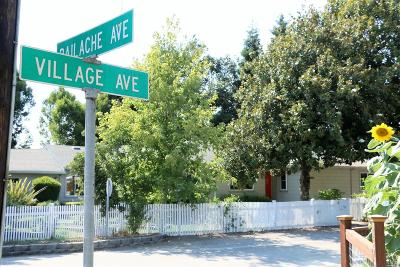 Healdsburg CA Single Family Home For Sale: $899,000