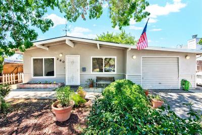 Vacaville Single Family Home For Sale: 260 Circle Drive