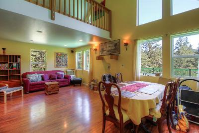 Santa Rosa Single Family Home For Sale: 6567 Saint Helena Road