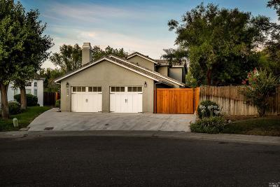 Davis Single Family Home For Sale: 1726 Westshore Street