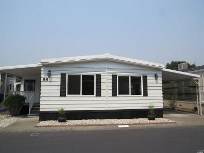 Calistoga Mobile Home For Sale: 2412 Foothill Boulevard #88, 88