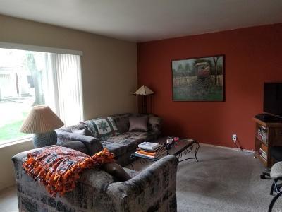 Novato Condo/Townhouse For Sale: 819 Bayside Court