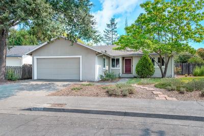 Santa Rosa Single Family Home For Sale: 2561 Cactus Avenue