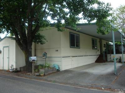 Santa Rosa Mobile Home For Sale: 144 Bluestone Court #144