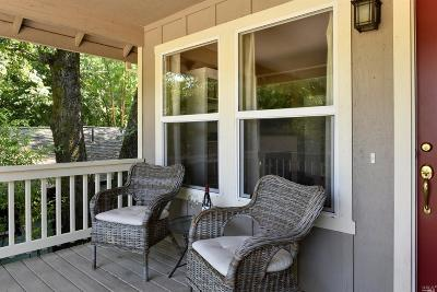 Healdsburg Single Family Home For Sale: 1976 Redwood Drive