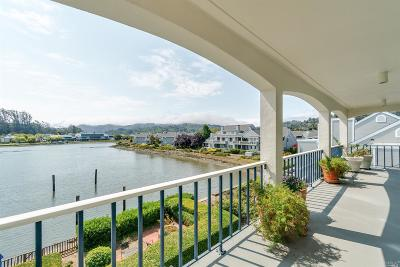 Mill Valley Condo/Townhouse For Sale: 5330 Shelter Bay Avenue