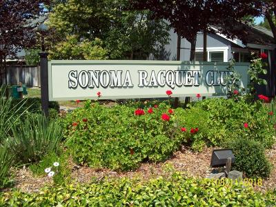 Rohnert Park Condo/Townhouse For Sale: 768 Racquet Club Circle