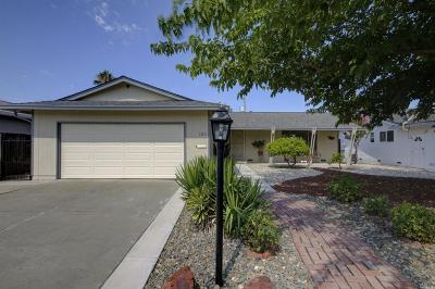 Vacaville Single Family Home For Sale: 103 Carlsbad Circle