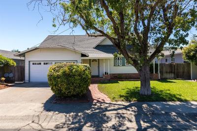 Corte Madera Single Family Home For Sale: 37 El Camino Drive