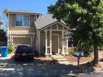 Santa Rosa Single Family Home For Sale: 1290 Trombetta Street