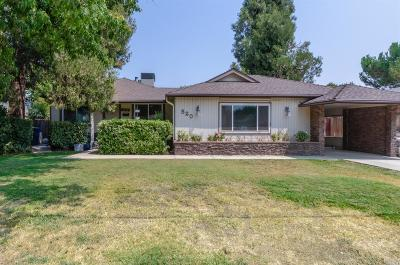 Dixon Single Family Home For Sale: 520 North Almond Street