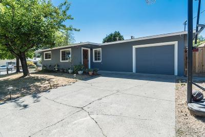 Cloverdale Single Family Home For Sale: 303 Hardister Drive