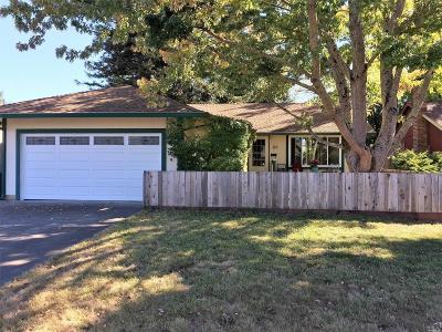 Cotati Single Family Home For Sale: 8569 Loretto Avenue
