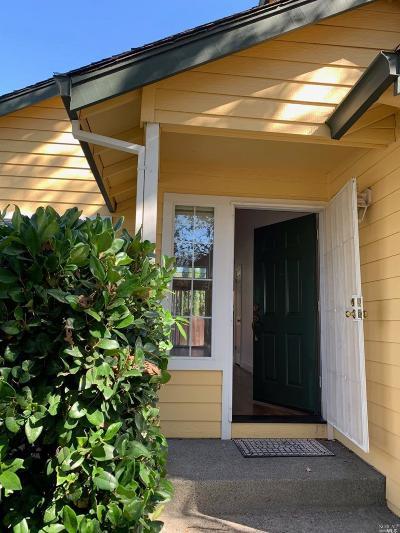 Sonoma Single Family Home For Sale: 106 Casabella Drive