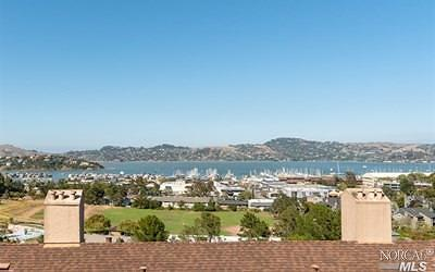 Sausalito Condo/Townhouse Contingent-Show: 86 Anchorage Road