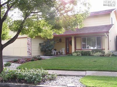 Napa Single Family Home For Sale: 4025 Fairfax Drive