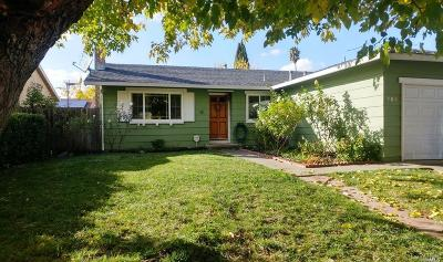 Suisun City Single Family Home For Sale: 806 Blossom Avenue