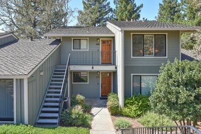 Napa Condo/Townhouse For Sale: 897 Oak Leaf Way