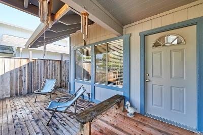Rohnert Park Single Family Home For Sale: 1447 Jasmine Circle