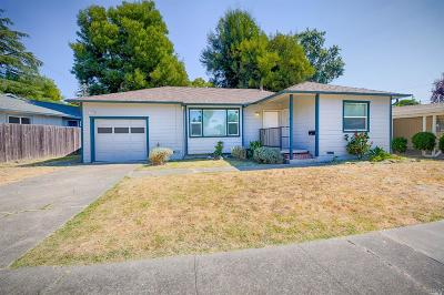 Santa Rosa Single Family Home For Sale: 1818 Midway Drive