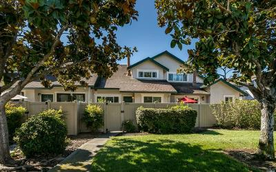 Rohnert Park Condo/Townhouse For Sale: 6413 Meadow Pines Avenue